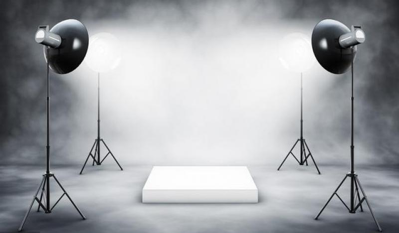 【会魔法的小仙女】商业摄影有几种方式?
