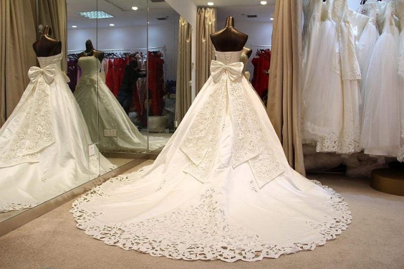 租婚纱礼服多少钱?租赁婚纱细节要知道?