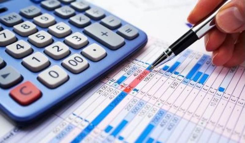 展开活动收到场地费怎么做账?租赁的场地,再装修,租出,如何做账?