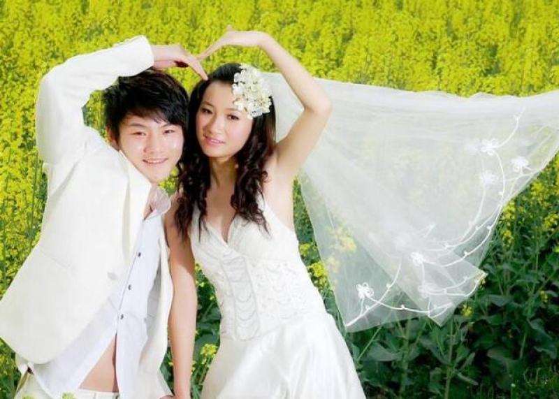 【二次元学森】他大学毕业创业开摄影店,做乡村婚礼摄影第一人!