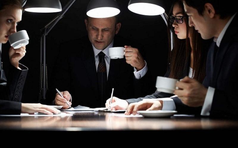【蒋营平涐太阳暖】出色的员工不是被人挖走的,而是被愚蠢的公司规则逼走的!