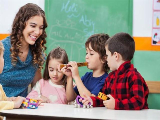 不要盲目跟风,强迫孩子学习才艺,培养一个有兴趣的孩子