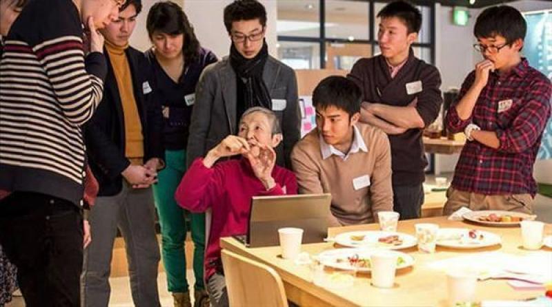 【冬天开出牵牛花】日本80岁高龄老太太,自学仅编程半年,就开发了一款手机游戏
