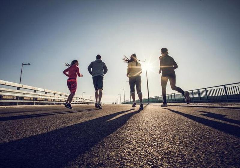 【有原则的大帅比】减肥最有效的运动方式,每天慢跑30分钟,坚持30天轻松瘦一圈!