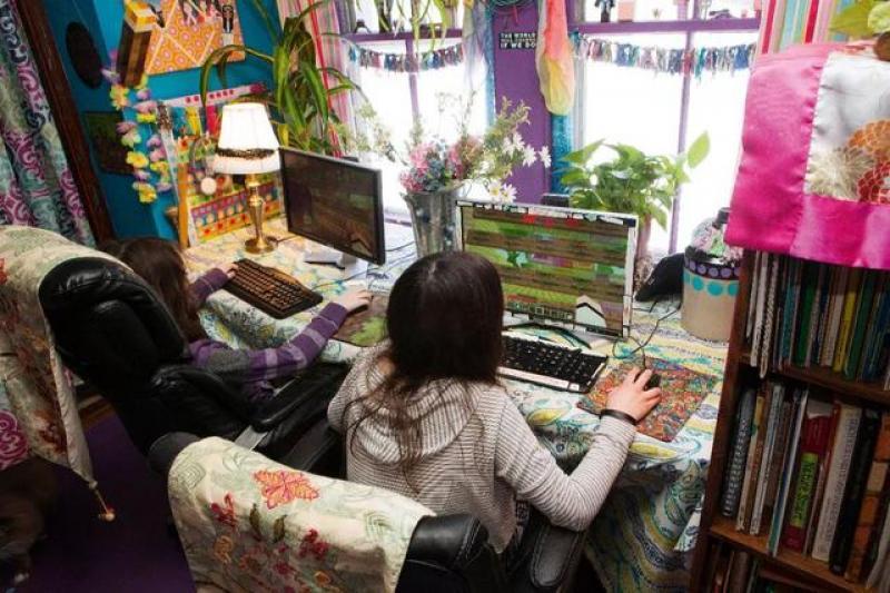 """【护妻狂魔白子画】iPad、游戏、人工智能…技术真的会""""绑架""""孩子的童年吗?"""