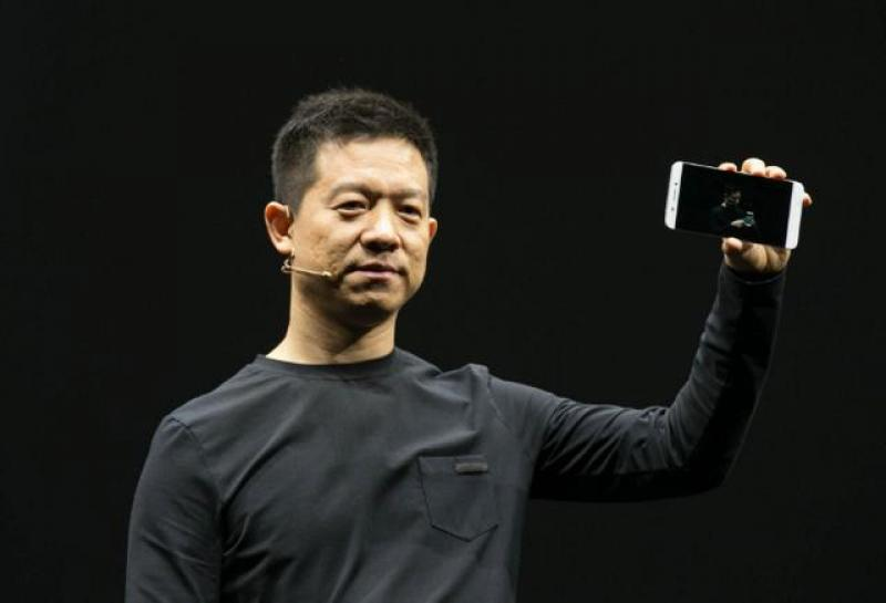 【仙女提刀战情场】每年亏损超百亿,谷歌苹果都加入的战局,未来谁会是赢家?
