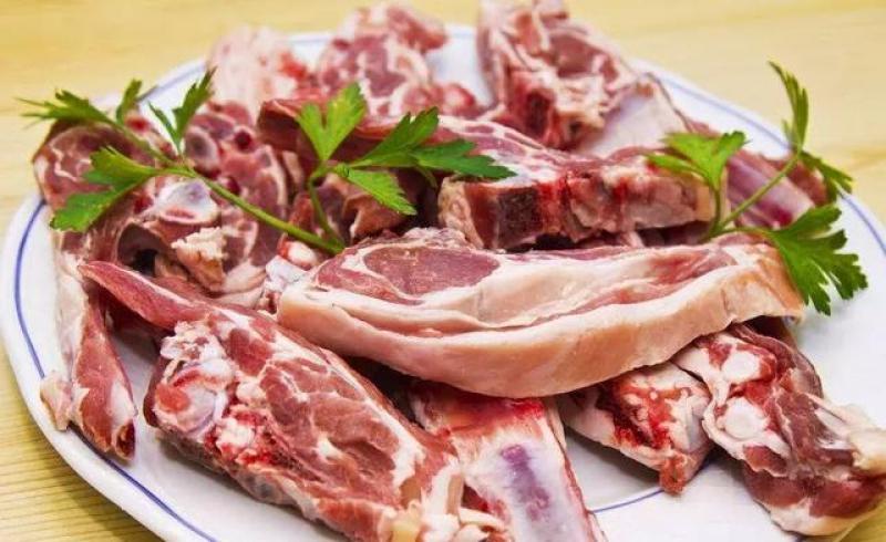 """""""伏羊一碗汤,不用开药方"""",夏天吃羊肉,好处非常多"""