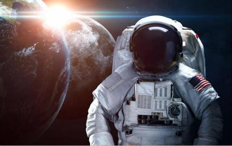 【暮烟疏雨之际】美国正式宣告将在月球建立永久存在基地