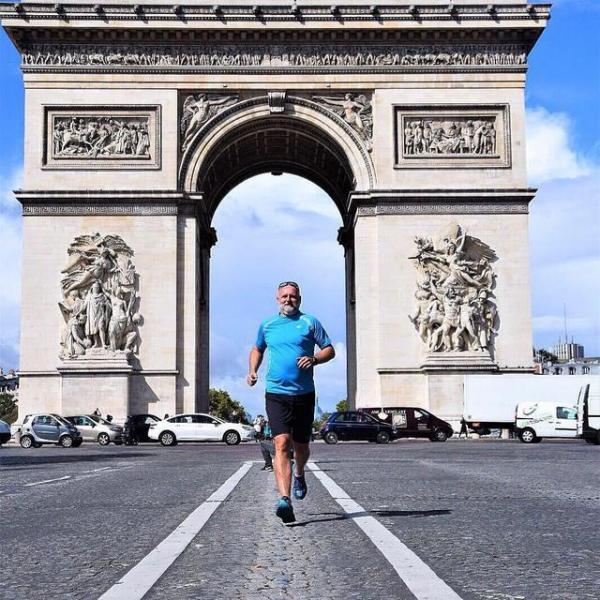 跑个五公里都能累趴下!太弱了,你需要这些方法来提高跑步水平
