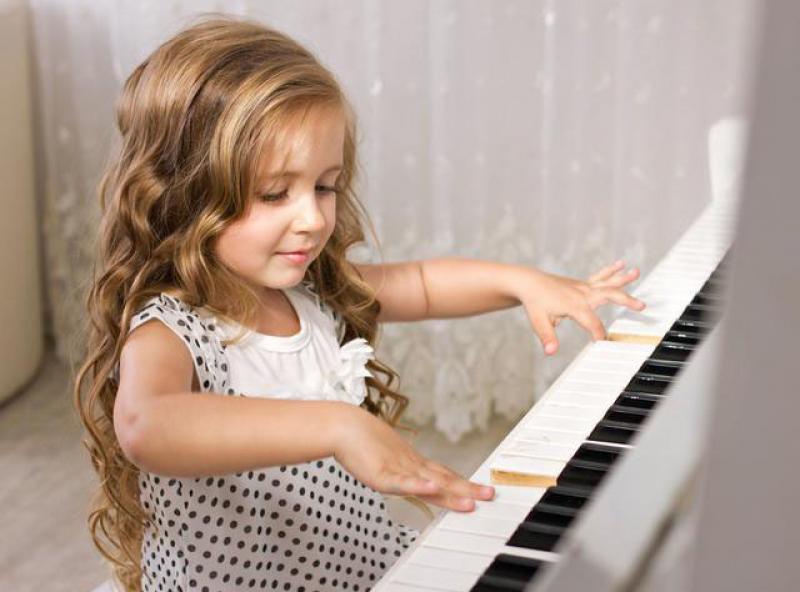 如何不怒不吵把弹琴陪练坚持到底?家长只要做好这四步规划