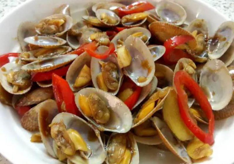 【卖萌嘟嘴萌妹纸】炒花蛤时不要直接上锅焯水,多加这一步,花蛤鲜嫩入味还不腥