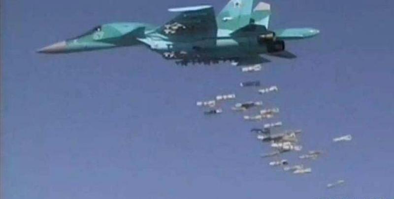 俄罗斯大批战机猛烈轰炸,叙利亚乘胜出击,精锐部队直捣叛军老巢