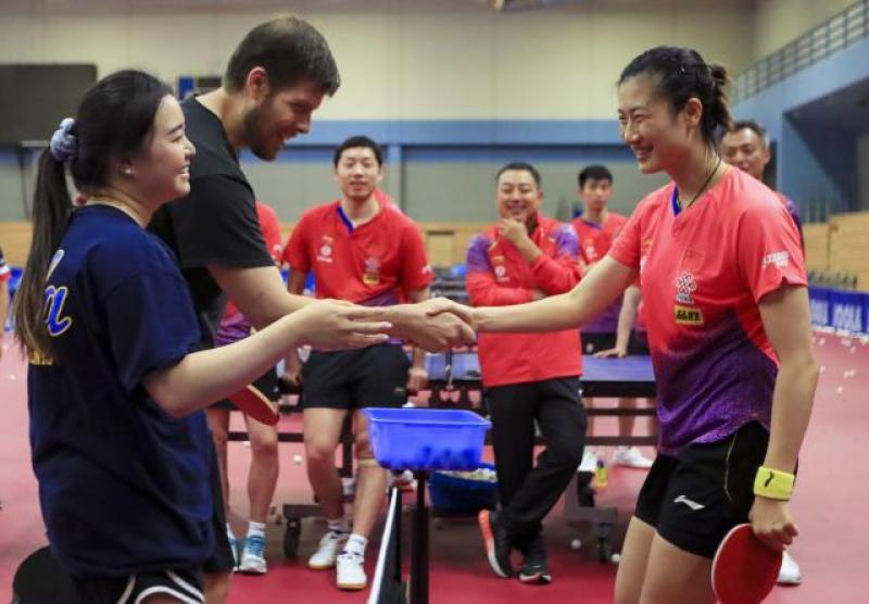 【暮烟疏雨之际】中美国家乒乓球队在美共同训练