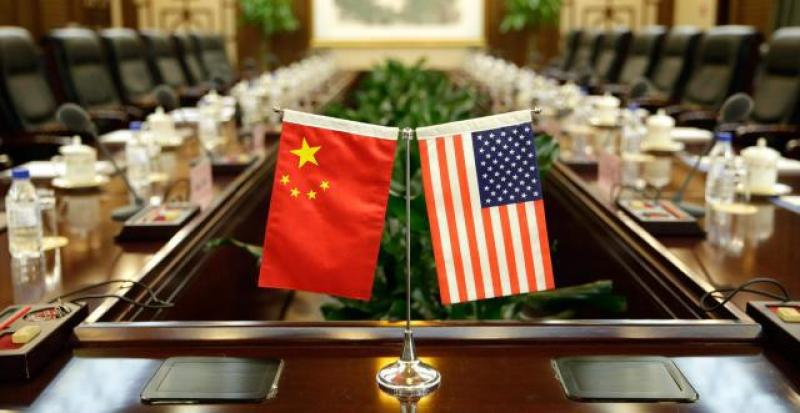 """【那缕云后的阳光】美诬告中国""""强制技术转让"""" 人民日报:侮辱外国企业家智商"""