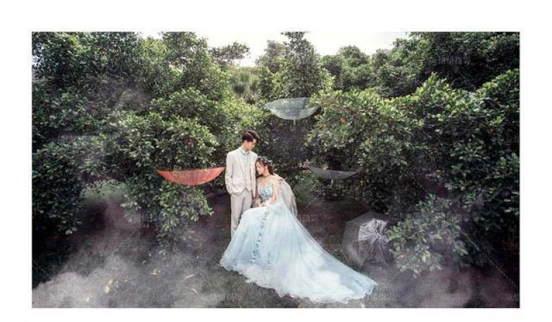 【一倾风月一流年】新人选择森系风格婚纱照怎么拍才好看?婚纱拍摄时需要注意哪些?