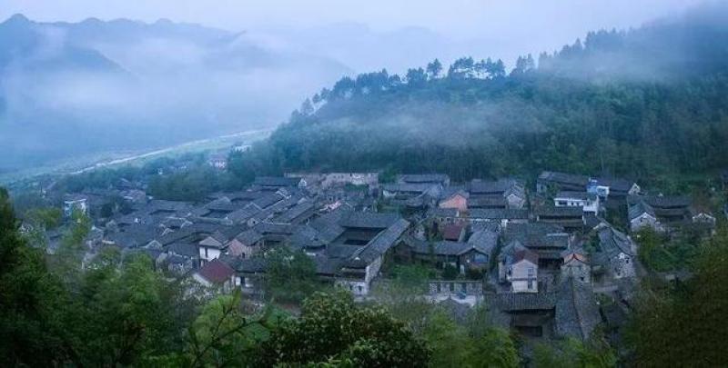 浙江省委常委、宣传部部长朱国贤致辞  推动高质量发展既是一个重
