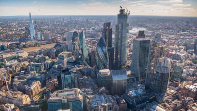 英国伦敦的高楼越来越多,行人和城市骑行者们不满意了