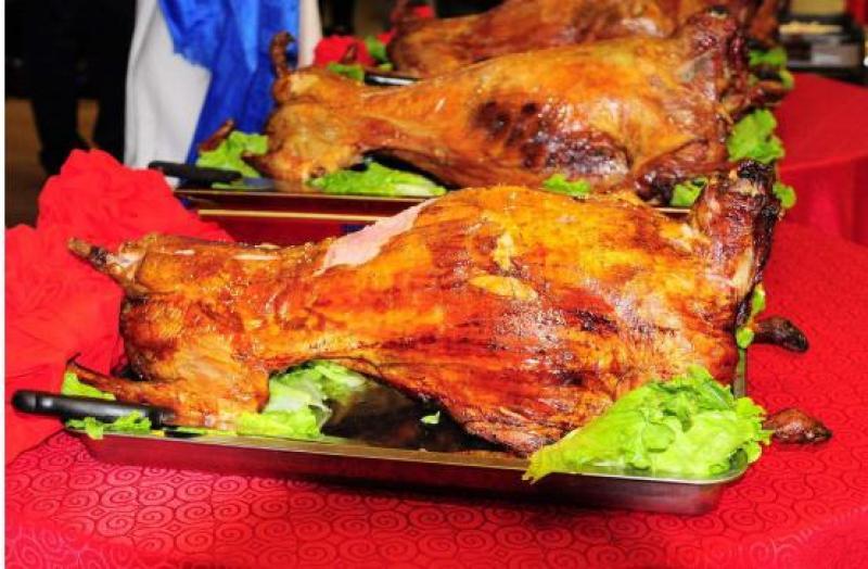 【心随你远行】这里除了热情的牧民们,还有美味的羊肉,酥脆浓香的炒米