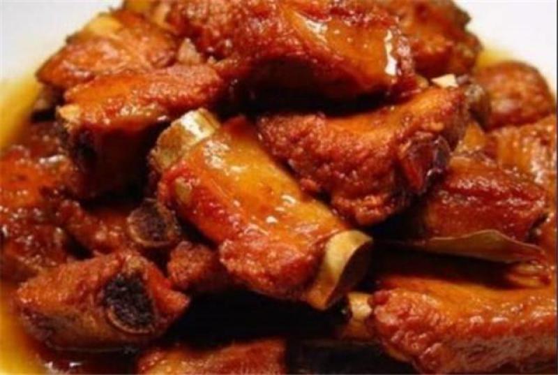 【唯独是你】红烧的东西都有很多,就说红烧肉和排骨吧!这些都是你爱吃的吗?