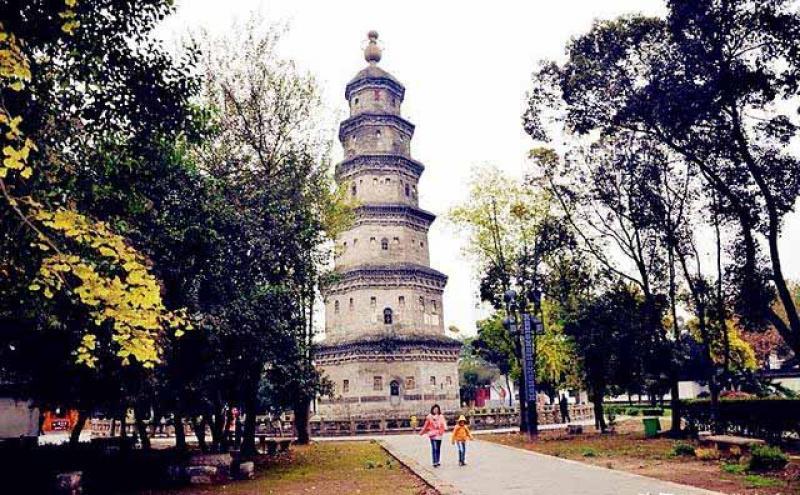 """湖北荆州有座神奇的""""地下宝塔"""",精致又美丽,货真价实的古迹"""