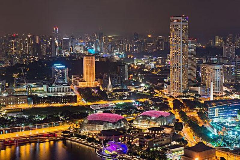 经常被人们低估的一个亚洲国家,面积不大,一般国家不敢小看它
