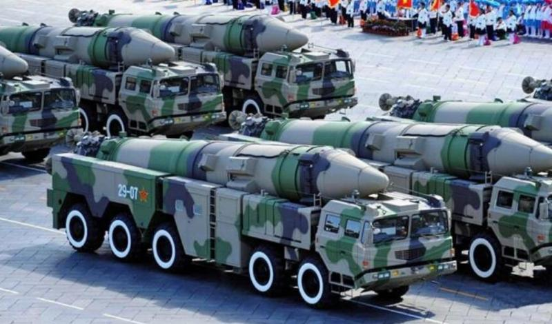 中国最强的镇国神器,东风51洲际弹道导弹,射程达到15000公里