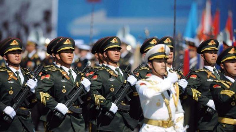 中国军队中,有三种神秘兵种,终身不需要退役,享受特殊待遇
