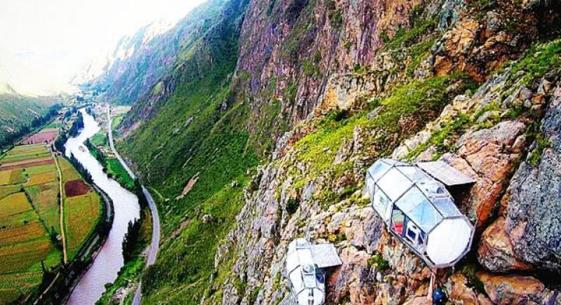 秘鲁的悬崖胶囊酒店,距离地面达120米之高,你敢去体验吗?