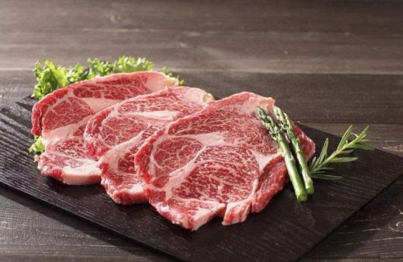 【只是忘了怎么醉】美国农业部:中国人均年消费149斤肉,并成为全球最大肉类进口国