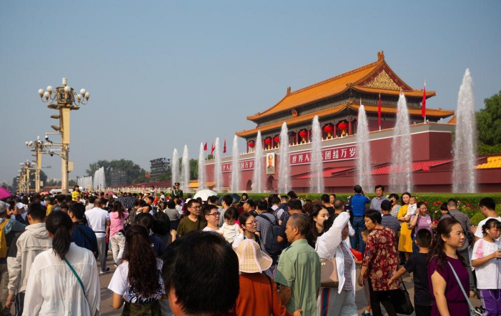 """2019中国旅游业最发达10大城市,为游客""""腾出一座城""""的重庆第"""