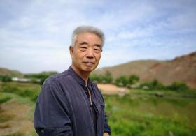【妹控魔君杀阡陌】甘肃有位67岁大爷,花12年投资3000多万,在荒漠建了一个世外
