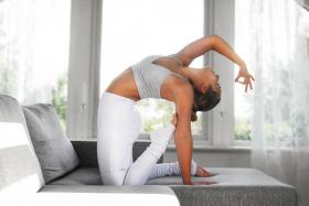 【夜未央樱花落】瑜伽不仅是修行的艺术,更是生活的艺术