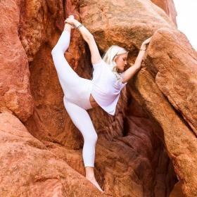 【印在双眸的迷离】十年如一日的瑜伽练习,简直爽翻了