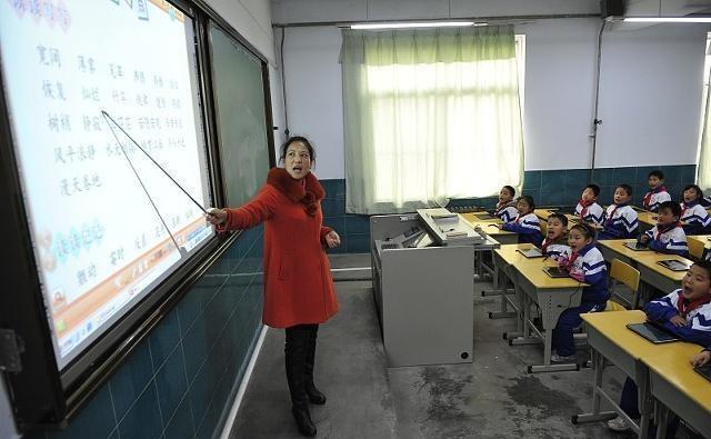 【闹够了就去吃药】如果没有认识到这些教育规律,你还不是一名成熟的教师