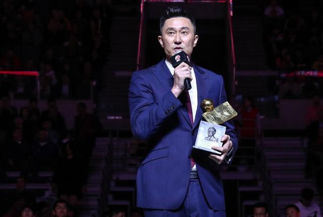 重磅!杜锋接替李楠出任中国男篮主帅,将率队出战奥运落选赛