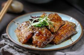 带鱼最经典的做法,不破皮,不粘锅,学会了秒变大厨