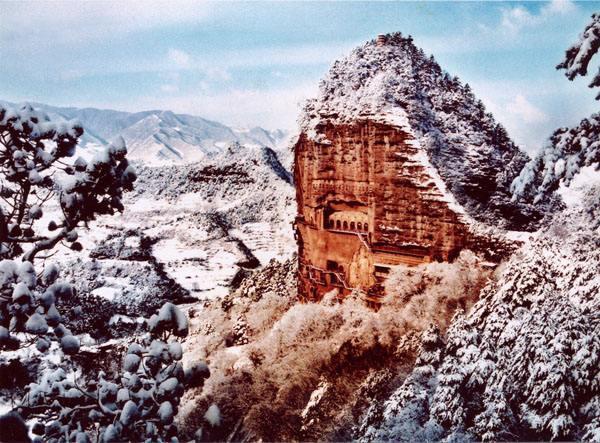 全球天然巨型石拱门 最牛一处在中国