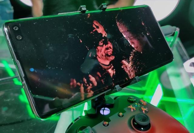 微软宣布云游戏将在 2020 年上线,还将支持 PS4 手柄