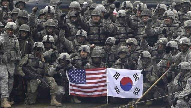 抗议美军索要50亿天价军费!韩国大学生硬闯美大使官邸,19人被捕