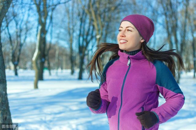冬季跑步穿什么?冬季跑步装备指南
