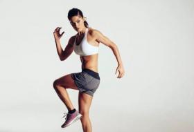 【平农仲】不要急着练腹肌!瘦肚子有两个步骤:学会这4个动作,铲平肥肉