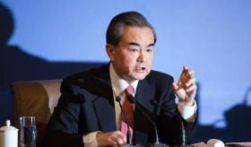 【千里故人稀】中国崛起无法阻挡!美国已成全球最大祸源!王毅外长发言太解气