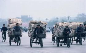 """【蓦地一相逢】上世纪70-80年代,法国摄影师镜头下的""""中国本色"""""""