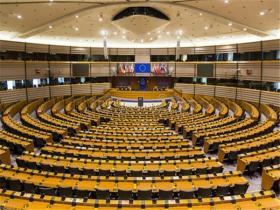 【薄荷少女柠檬心】压倒性投票通过!欧盟正式进入紧急状态,对外释放强烈信号