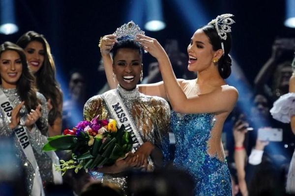 【低调的猫小姐】2019年环球小姐出炉!南非黑人佳丽摘后冠