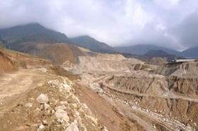 【秋蝉儿】日本发现超大稀土矿!美国专家蜂拥而至,民众担心把家园挖沉