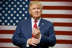 """【本宫叫帅姐】一觉醒来美国""""变天"""",投票以压倒性优势稳赢,数万民众上街欢呼"""