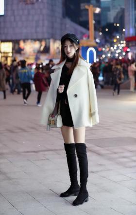 【我有我的小思念】秋冬的高筒靴,不负众望成为秀美腿凹造型的神器