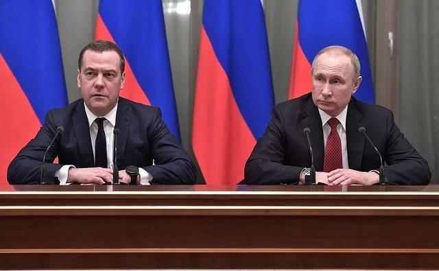 俄罗斯政府全体辞职,普京提议的新总理是谁?