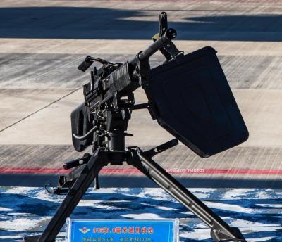 【芭比萌妹】细品我军5.8mm枪族,士兵手中的救命武器,重量轻适合国人操作
